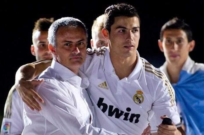 رونالدو ومورينيو.. الأعلى دخلاً في عالم كرة القدم