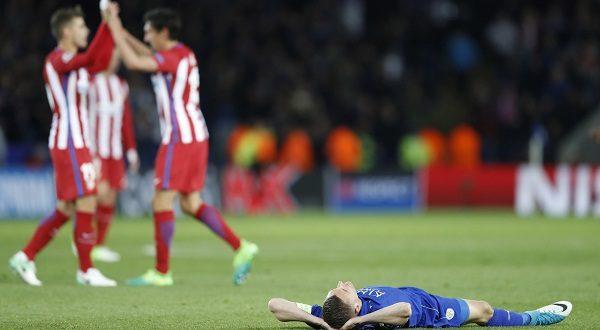 اتلتيكو مدريد يتعادل مع ليستر ويصعد للمربع الذهبي