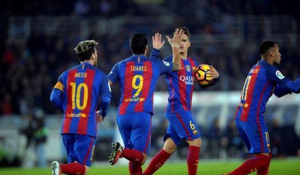 لاعب برشلونة يتمنى استقدام نجم أرسنال