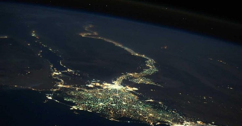 رائد فضاء روسي ينشر «صورة مذهلة» لمصر
