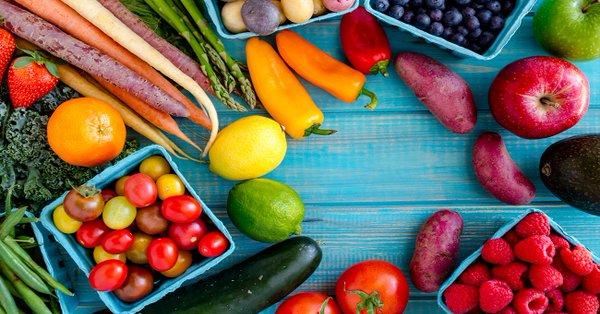 5 أطعمة تنقي الجسم من السموم