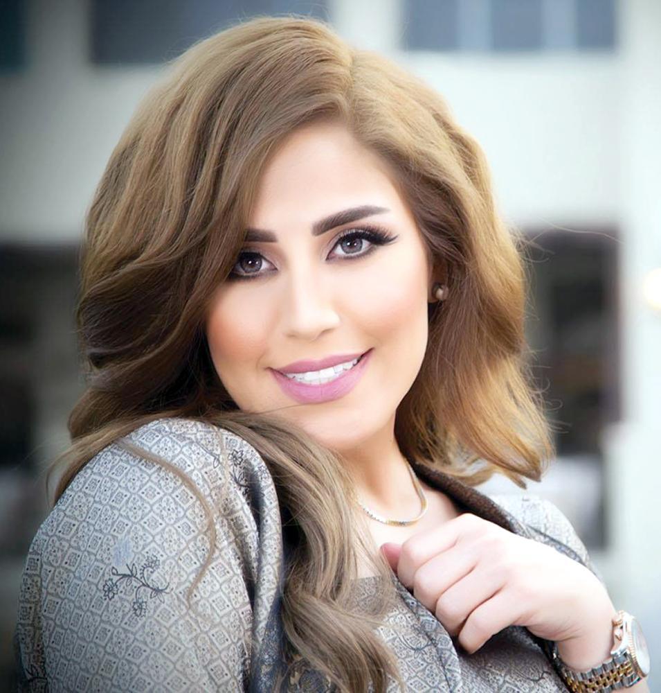 فنانة كويتية تبحث عن أمها 33 عاماً !