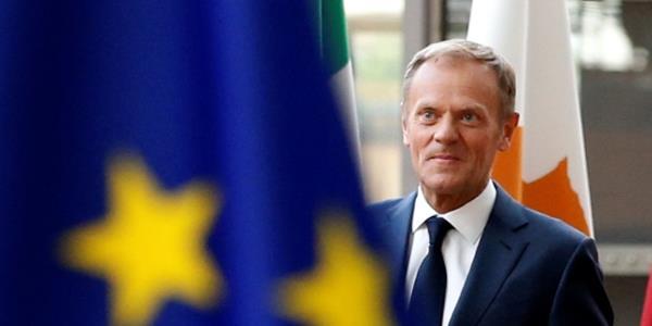 توسك يندد بـ «الموقف المتقلب» لإدارة ترامب: لا نريد لأوروبا أن تكون دمية