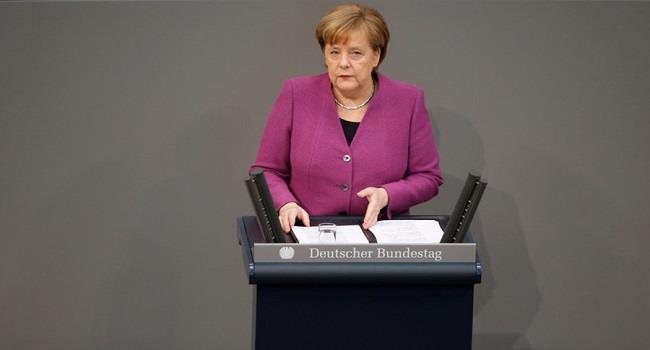 ميركل: الاتحاد الأوروبي يرى أن الاتفاق النووي مع ايران «ليس مثاليا».. لكن علينا البقاء فيه