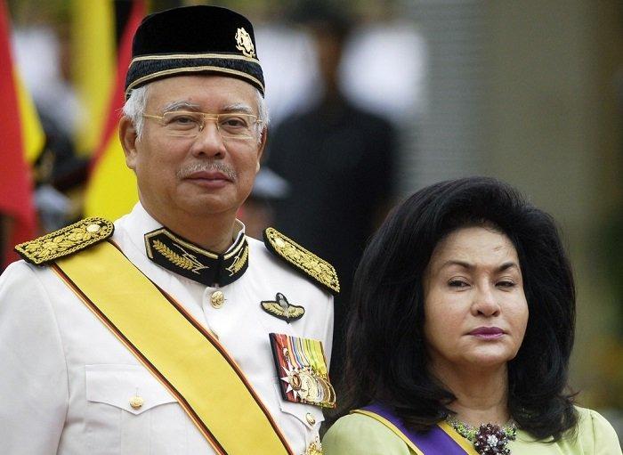 فساد رئيس وزراء ماليزيا السابق: عقد ألماس لزوجته بـ 27 مليون دولار ولوحات بالملايين