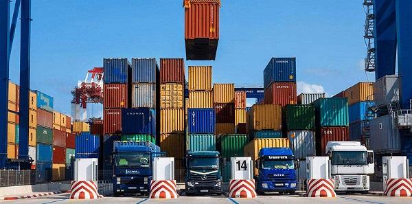 فائض الميزان التجاري الإيطالي يتراجع لـ3ر5 مليار دولار