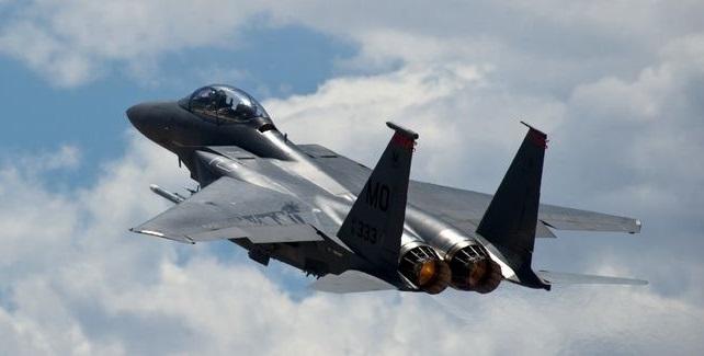 سقوط طائرة أمريكية من طراز إف-15 قبالة أوكيناوا