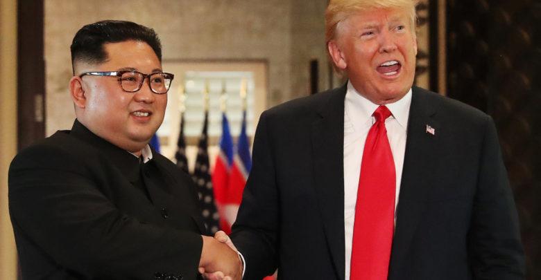 ترامب وكيم يتعهدان بإقامة علاقات جديدة