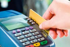 اتحاد المصارف يحذر أصحاب بطاقات الدفع المصرفية: أجهزة (الكاشيرات) تحتفظ ببيانات العملاء ويمكن اختراقها