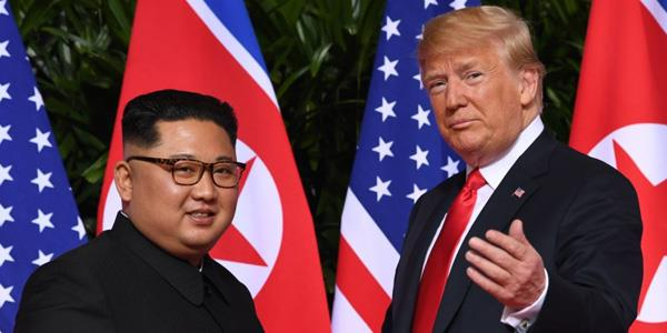 ترامب يعتبر أن لقاءه مع كيم أبعد العالم عن «كارثة نووية محتملة»