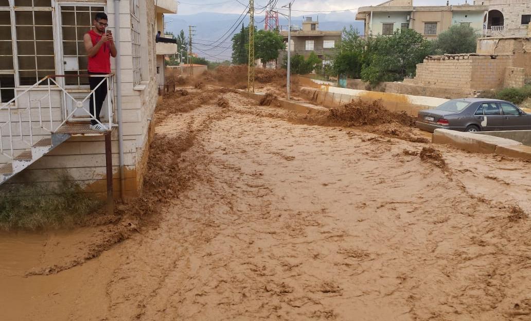 سيول جارفة تقتل امرأة شرق لبنان