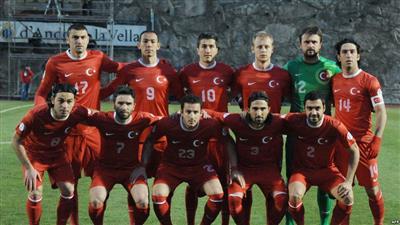 تركيا.. تهم «التآمر» تلاحق لاعبي كرة قدم سابقين
