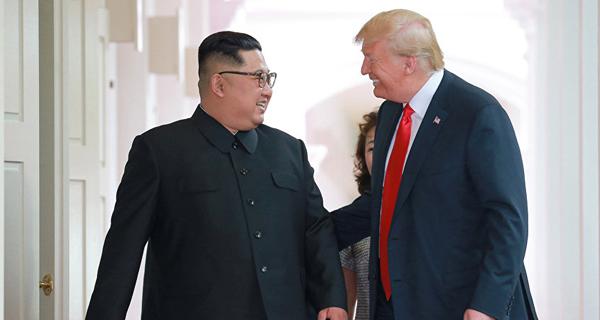 الرئيس الأميركي: قمة سنغافورة جنبت العالم كارثة نووية