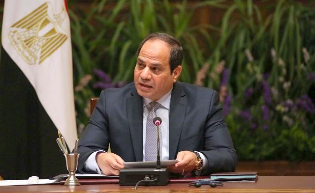 السيسي يغير وزيري الدفاع والداخلية في الحكومة الجديدة
