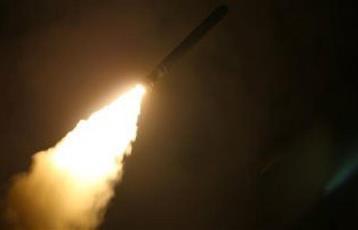 جيش الاحتلال الإسرائيلي يعلن استهداف ثلاثة مواقع عسكرية في سوريا