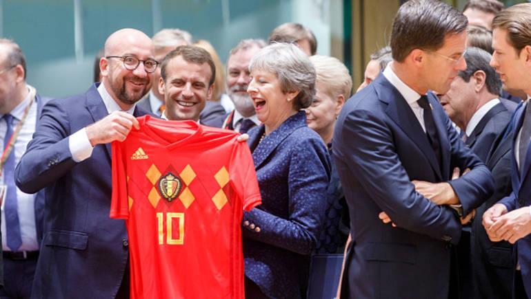 رئيس وزراء بلجيكا لماكرون: حالفكم الحظ في كأس العالم