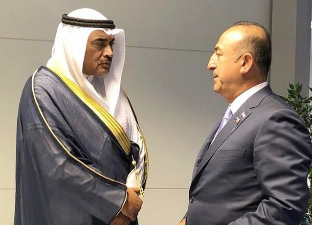 """صباح الخالد التقي وزير الخارجية التركي على هامش اجتماع التحالف الدولي ضد """"داعش"""""""
