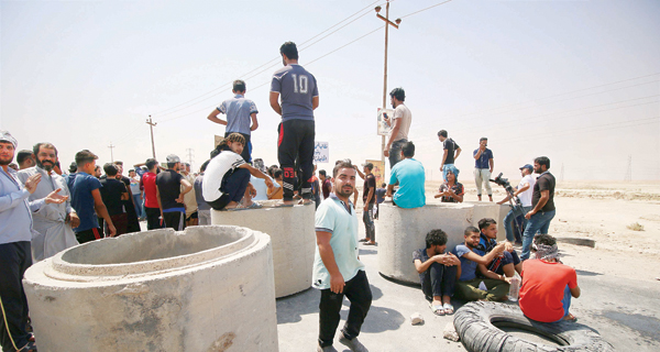 العراق.. الاحتجاجات مستمرة ولا حلول قريبة