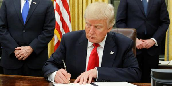 ترامب يوقع مرسوما يعاقب التدخل الأجنبي في الانتخابات الأميركية