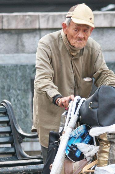 عدد المعمرين فوق المئة عام باليابان يقترب من 70 ألف شخص