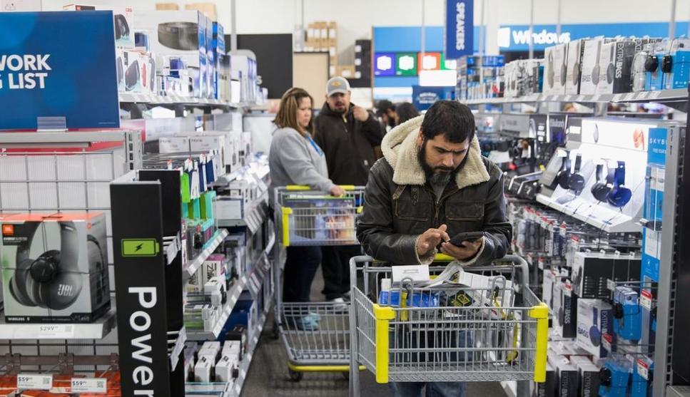 مبيعات التجزئة الأمريكية تسجل أقل نمو في 6 أشهر