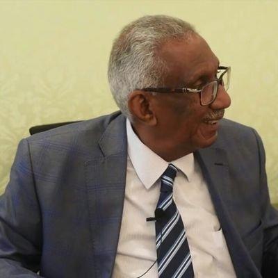 د.أحمد الخطيب : الحكومة تصر على إحكام الطوق على حرية التعبير