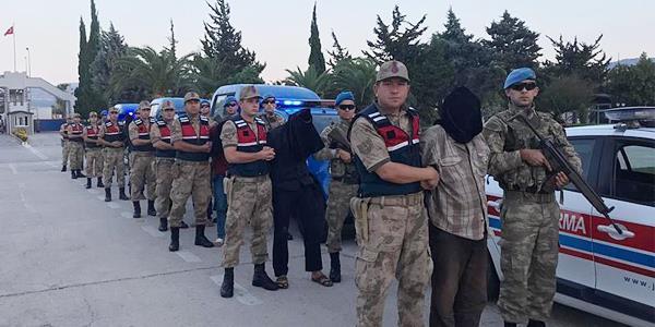 تركيا: القبض على 9 إرهابيين في سورية.. ونقلهم إلى البلاد