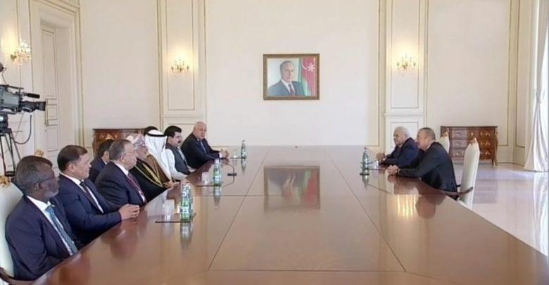 الرئيس الغانم يلتقي الرئيس الأذربيجاني في باكو