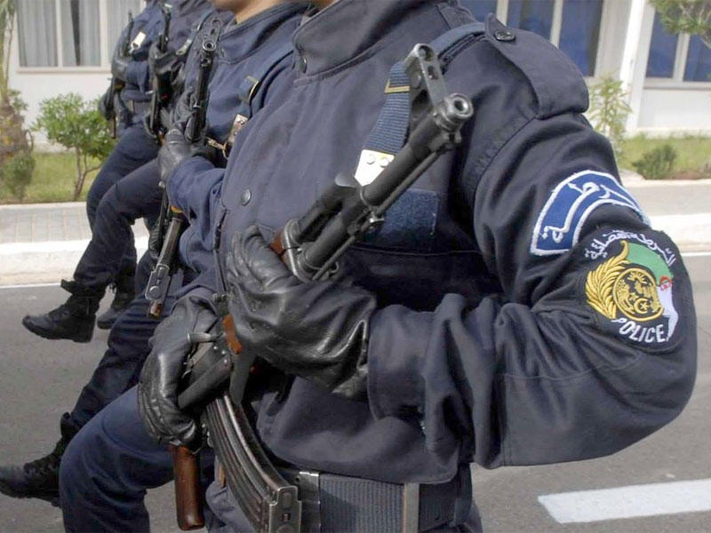 الجزائر تسحب الحراسة عن الممثليات الفرنسية