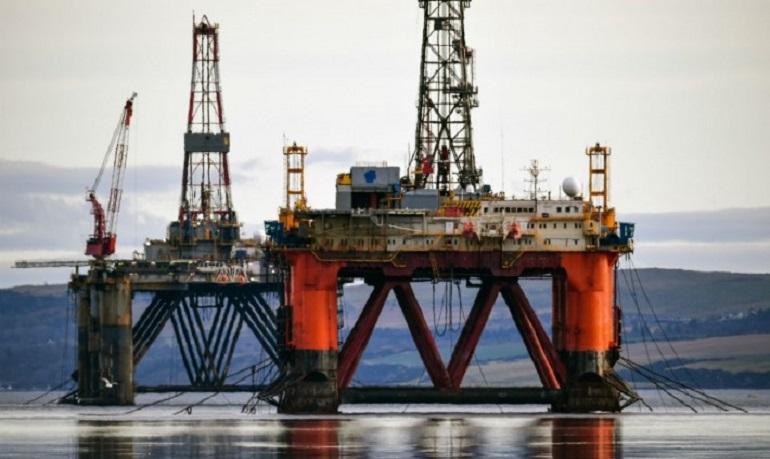 شركة عالمية كبرى: النفط سيتجاوز 100 دولار العام المقبل