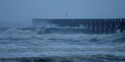المركز الأمريكي للأعاصير: الإعصار «مايكل» يضعف ويتحول لعاصفة مدارية