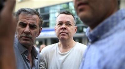 استئناف محاكمة القس الأمريكي المحتجز في تركيا