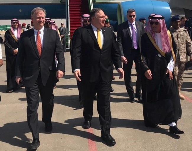 خادم الحرمين يلتقي وزير الخارجية الأميركي في الرياض