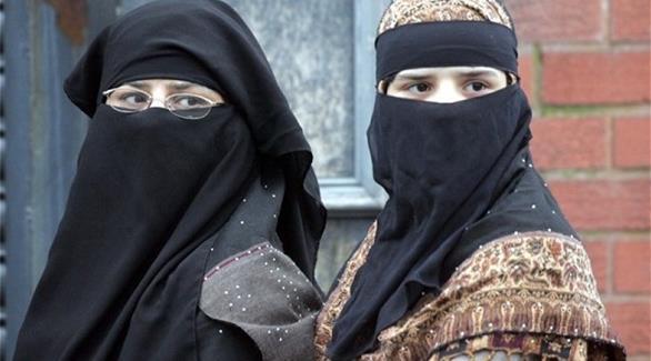 الحكومة الجزائرية تمنع ارتداء النقاب في أماكن العمل