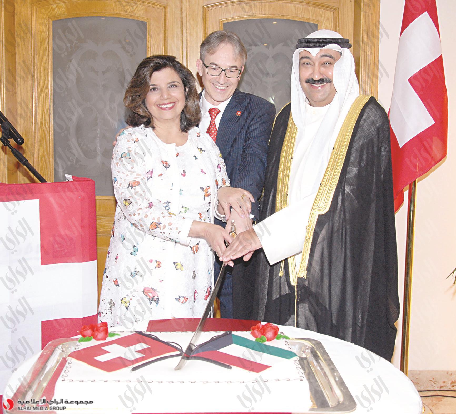 الخبيزي: 12 مليار دولار... استثمارات الكويت في سويسرا