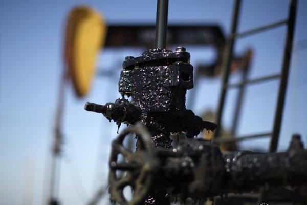قطر ترفع سعر النفط والسعودية تخفض