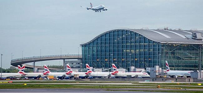 مطار هيثرو في لندن يعمل بعد إصلاح عطل في الإضاءة