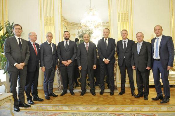 سفير الكويت في باريس يبحث مع مجموعة الصداقة الفرنسية - الخليجية مشاريع التعاون الثنائي