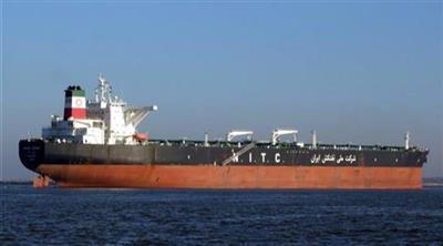 أمريكا تُحذر الموانئ وشركات التأمين من التعامل مع ناقلات النفط الإيرانية