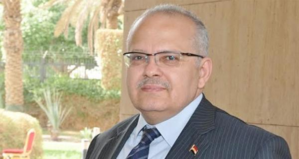 رئيس جامعة القاهرة يحيل عميد «دار العلوم» إلى التحقيق
