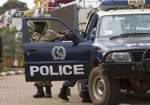 الشرطة الصومالية: 17 قتيلا على الأقل في هجمات انتحارية على فندق بمقديشو