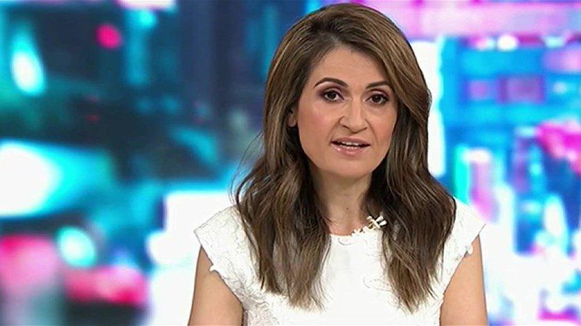 طرد صحافية أسترالية من البرلمان بسبب ملابسها الفاضحة