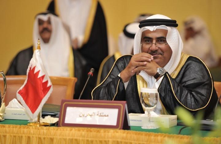 وزير الخارجية البحريني : قطر أحرقت سفن العودة والخلاف لن يحل بحب الخشوم