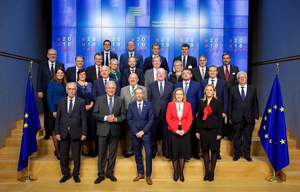 الاتحاد الأوروبي: خطة لمنع الإرهابيين من استخدام الإنترنت