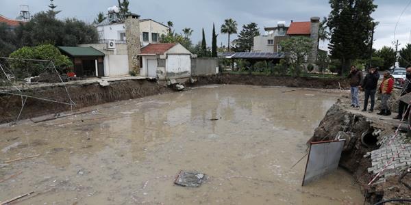 الأمطار تقتل 3 أشخاص شمال قبرص