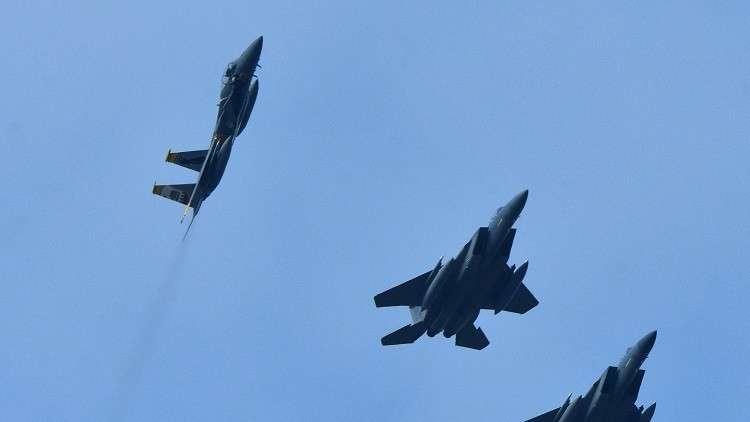 الطيران الحربي الأمريكي يحلق فوق أوكرانيا