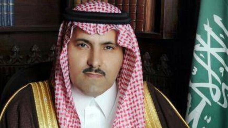 سفير السعودية باليمن: الحوثي سينسحب من الحديدة ومينائها
