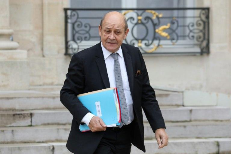 """فرنسا ستنسحب عسكرياً من سوريا عند التوصل إلى """"حلّ سياسي"""""""