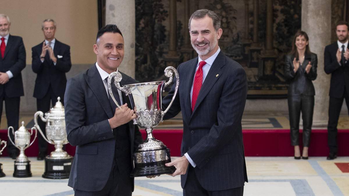 التعليق الأول من نافاس بعد فوزه بجائزة جديدة من ملك إسبانيا