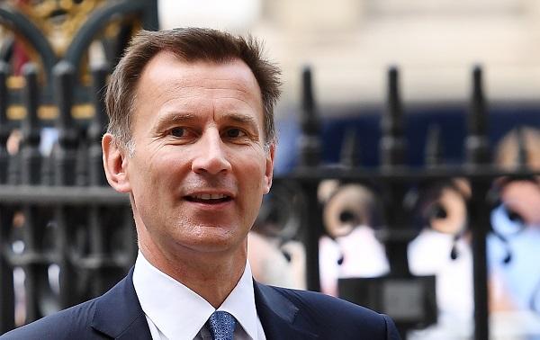 هانت: رفض البرلمان «بريكست» قد يبقي بريطانيا في «الأوروبي»